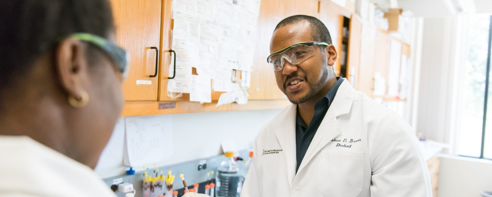 UMBC team makes breakthrough discovery in HIV research, opening path to new, better therapies